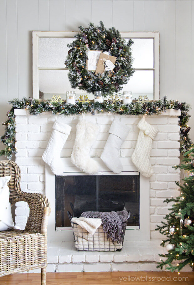 Christmas-mantel-daylight